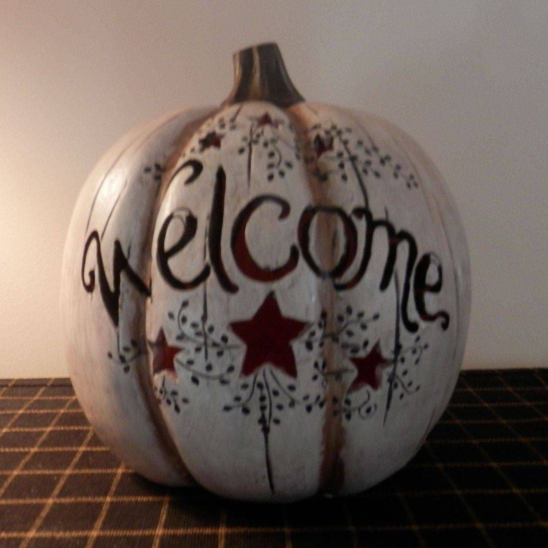 primitive folkart lighted pumpkin