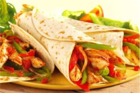 Chicken fajita is very good.