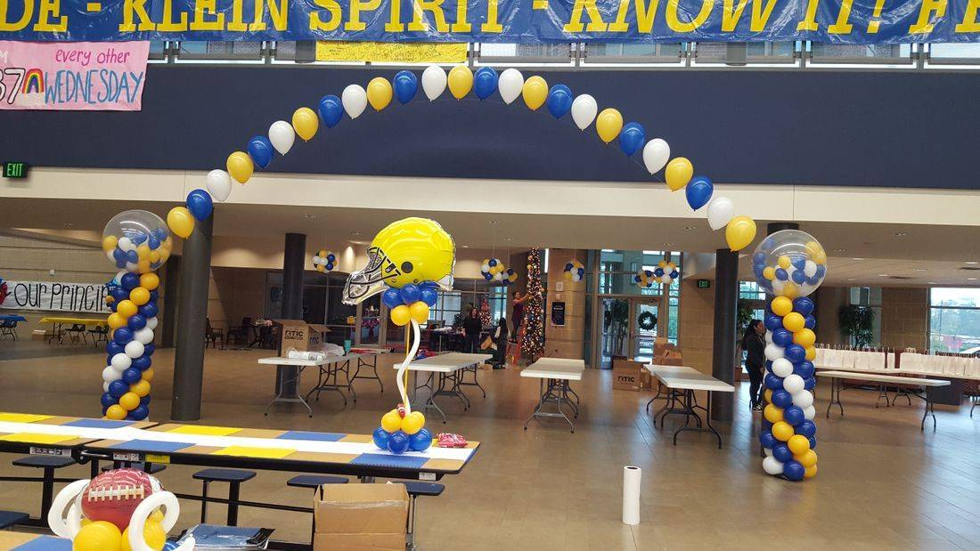 Balloon Arch, Football Banquet, Klein HS, Centerpiece, Balloons, Infante Creations, Balloon Decorations, Houston, TX, Balloon Column