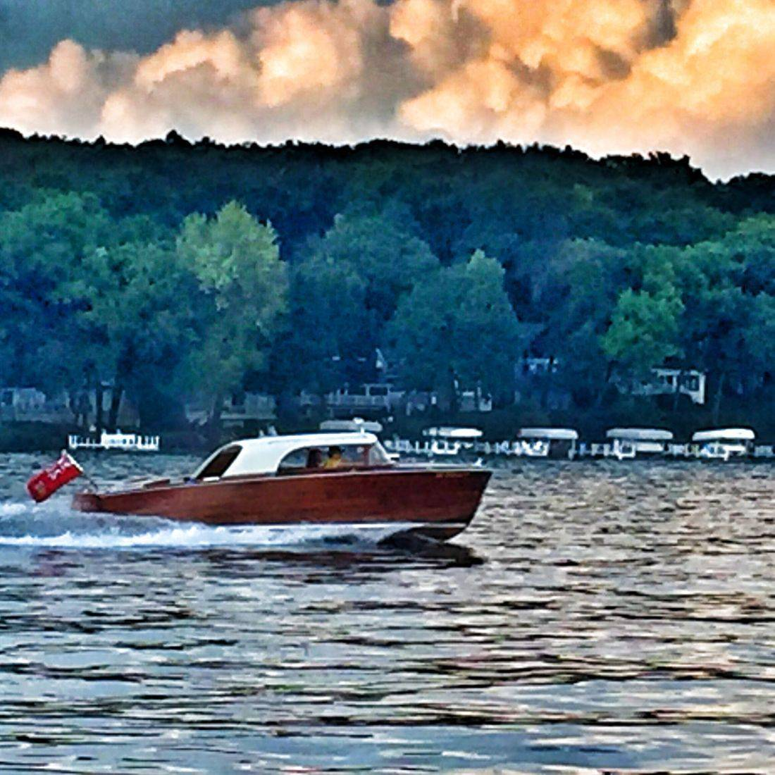 Shepherd Hardtop on Lake Geneva