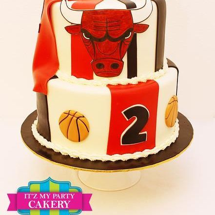 Custom Bulls Basketball Cake Milwaukee