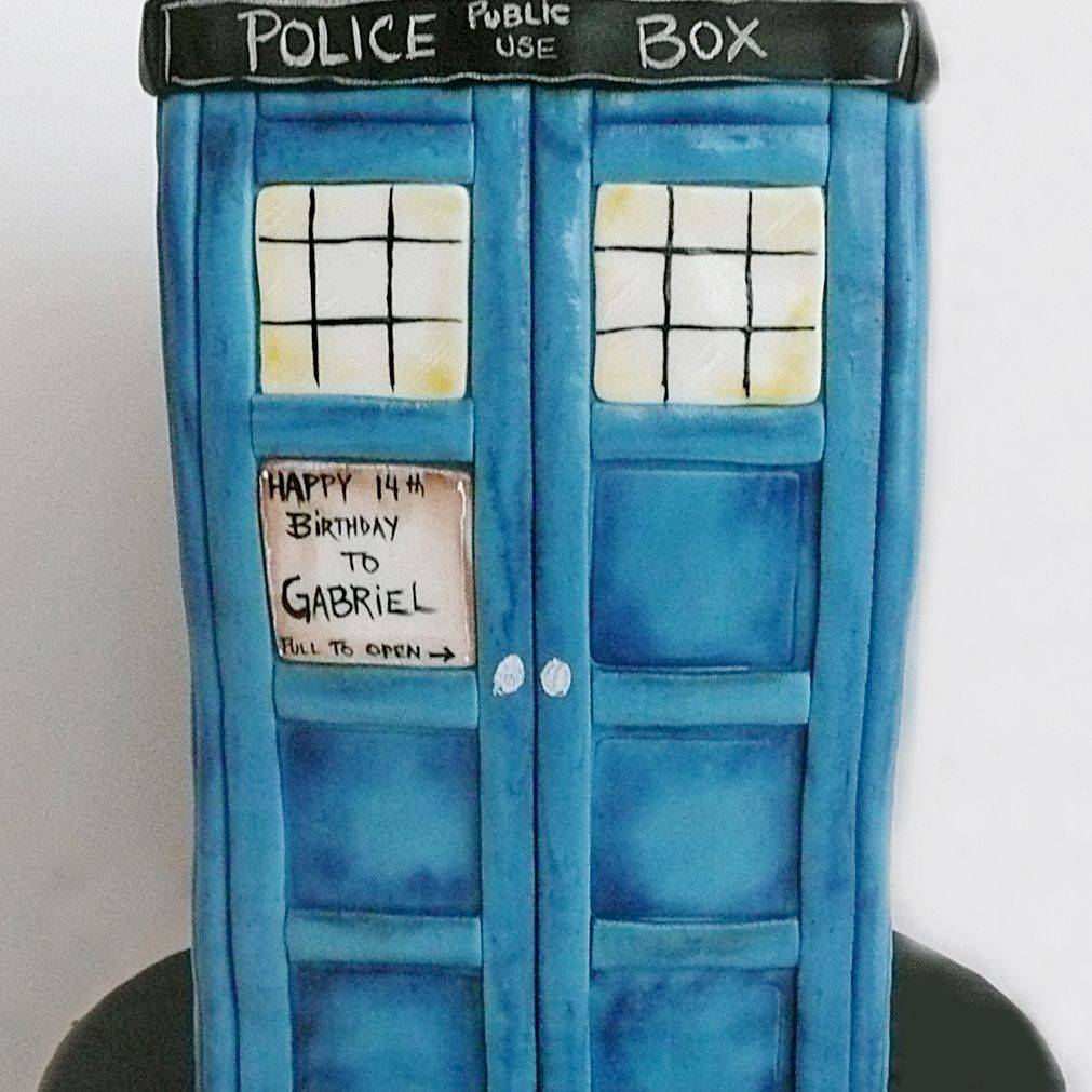 Tardis Phone Box Dimensional Cake Milwaukee