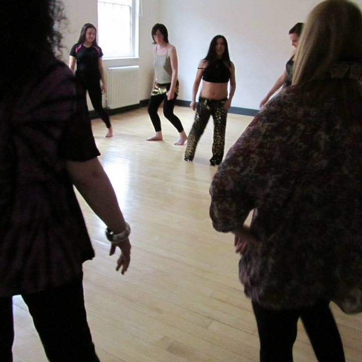 Earthmoves creative dance tuition energy joyful studio