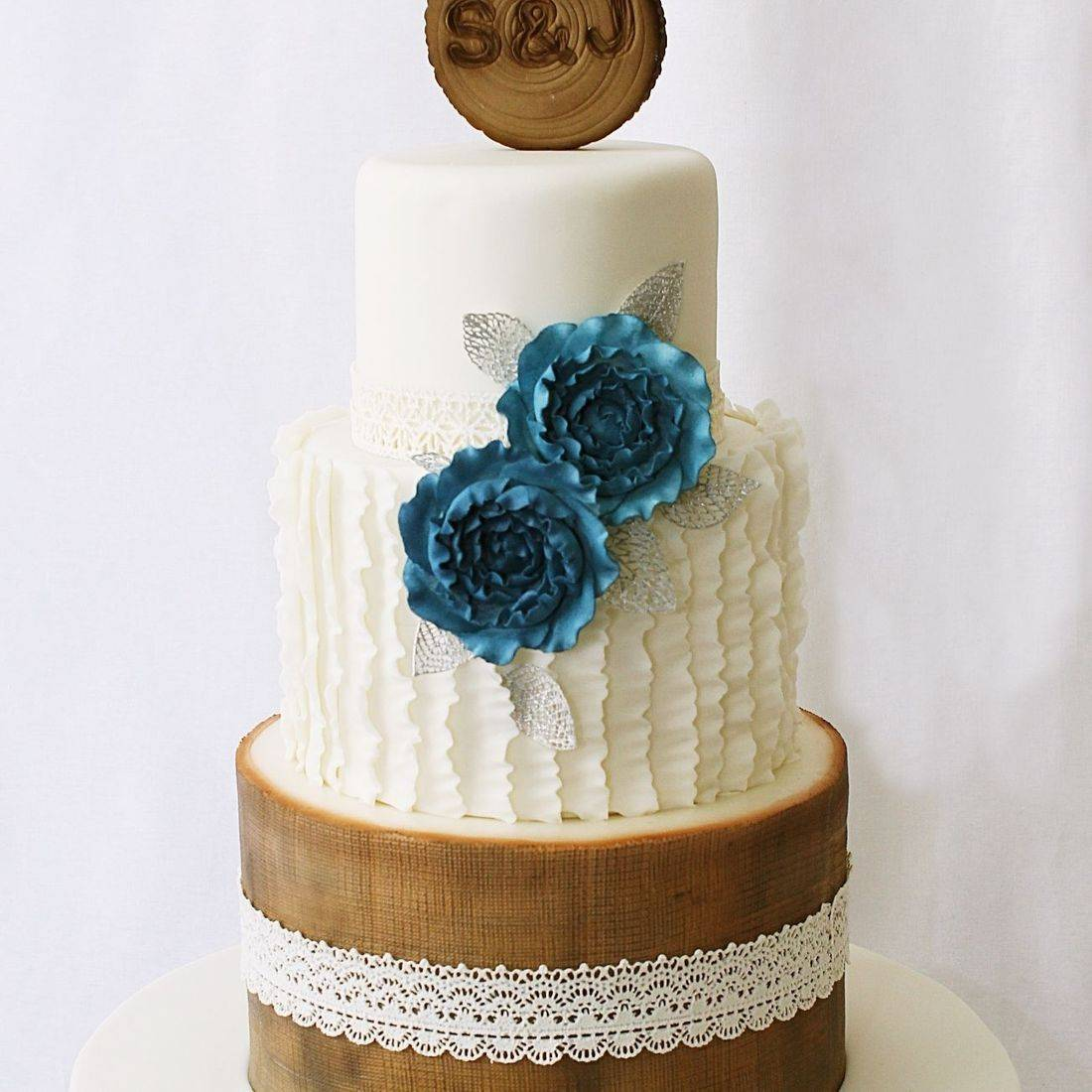 Custom Rustic Ruffles wedding  Cake Milwaukee