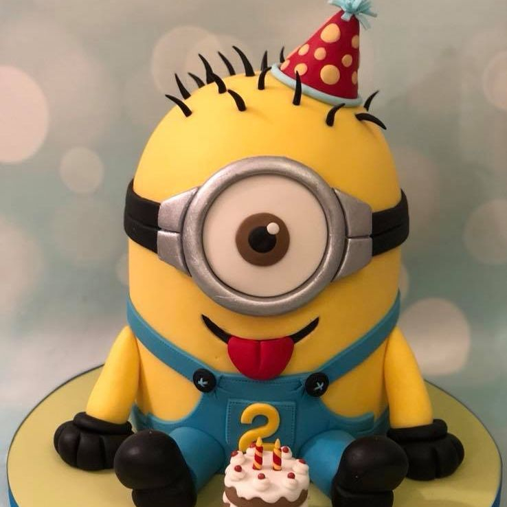 Minion Despicable Me 3D Sitting Birthday Cake Celebration Party Hat Mini