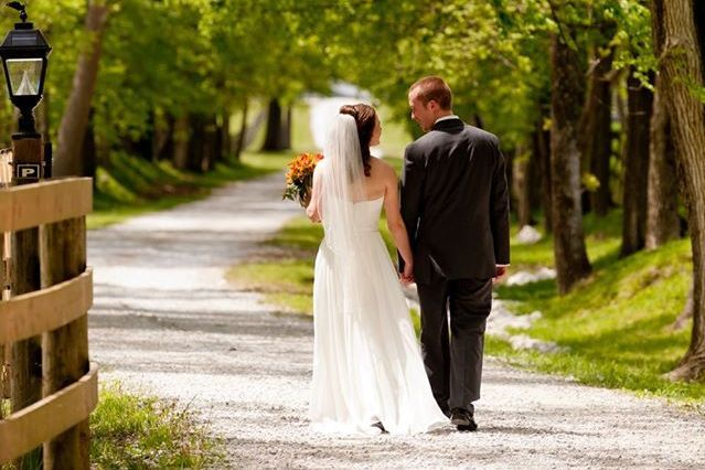 Find beautiful wedding sites from Cleveland to Cincinnnati
