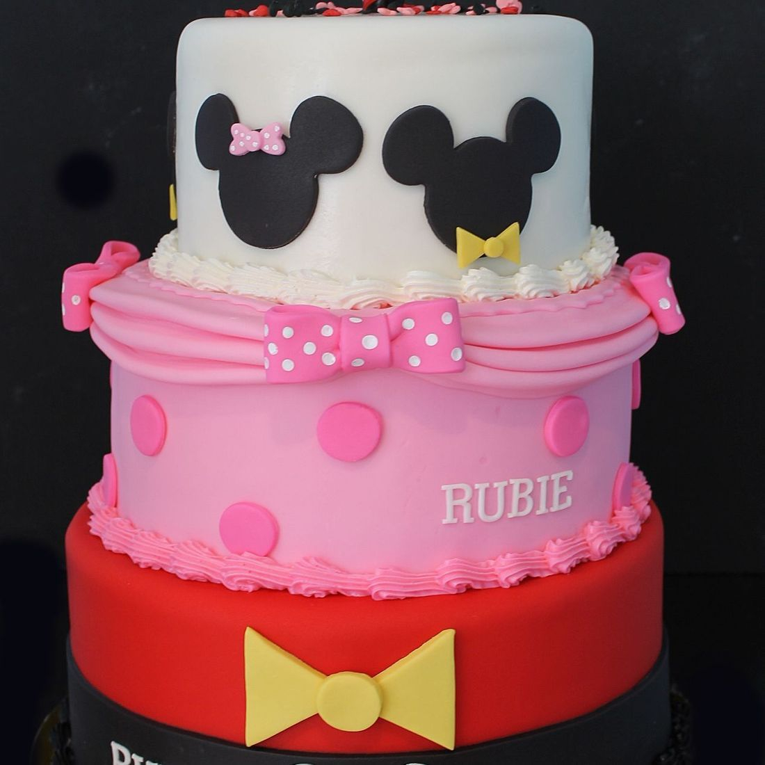 Custom  Mickey Minnie Cake  Milwaukee