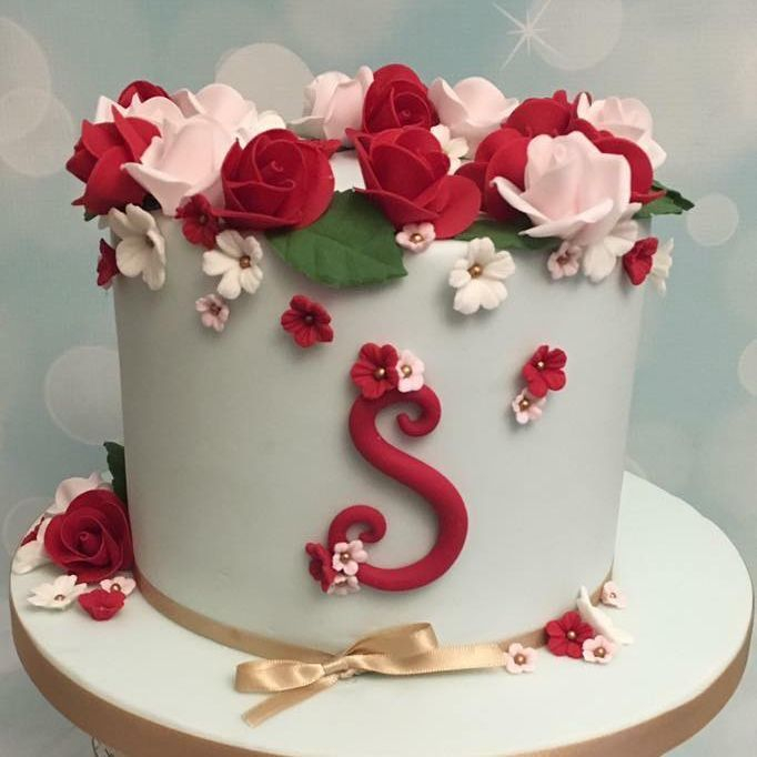 Pretty Rose Red Pink Birthday Mother's Day Cake Gold Bow