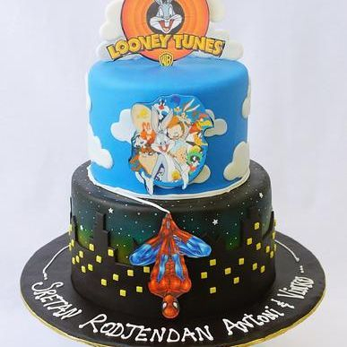Custom Loony Tunes Spiderman Cake Milwaukee