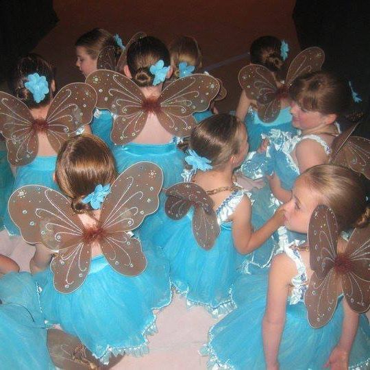 Tiny 3 year olds are adorable as  ballet fairies at our Spokane ballet performance!