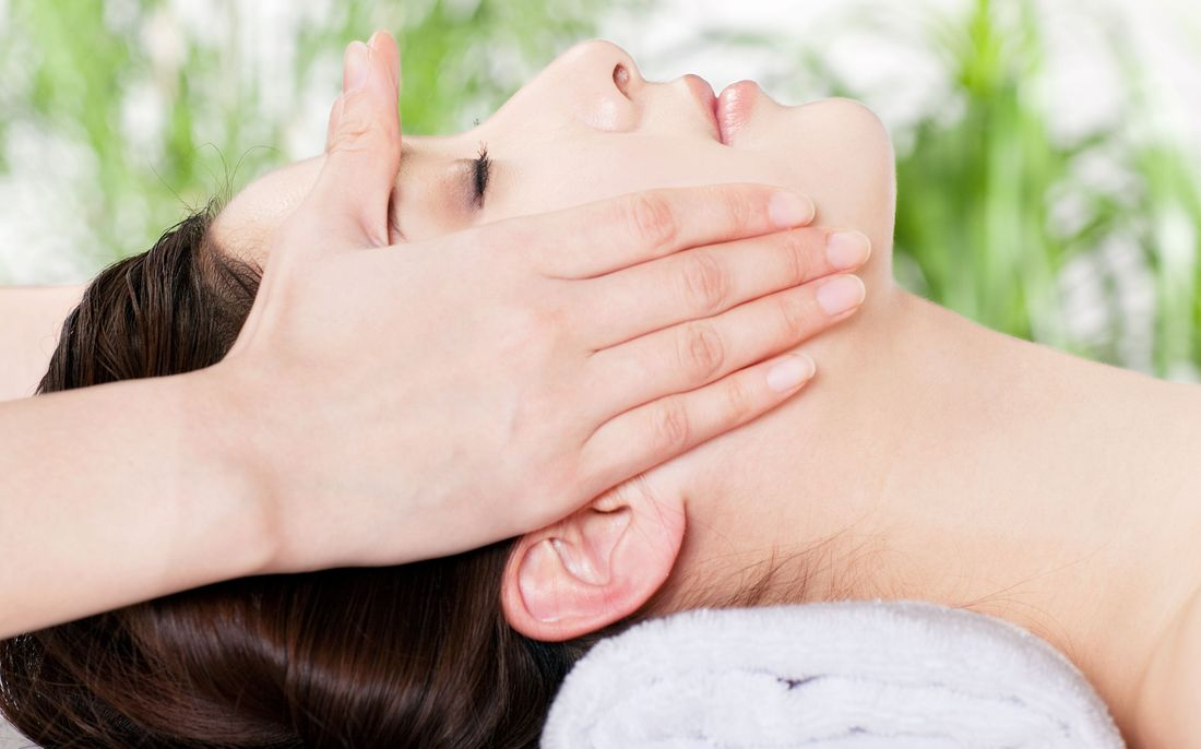 Greensburg Massage studio offers deep scalp and face massage