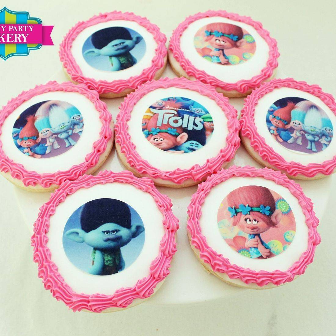 Trolls Photo Cookie Set Milwaukee
