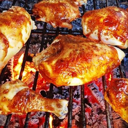 Applewood smoked or grilled chicken pieces