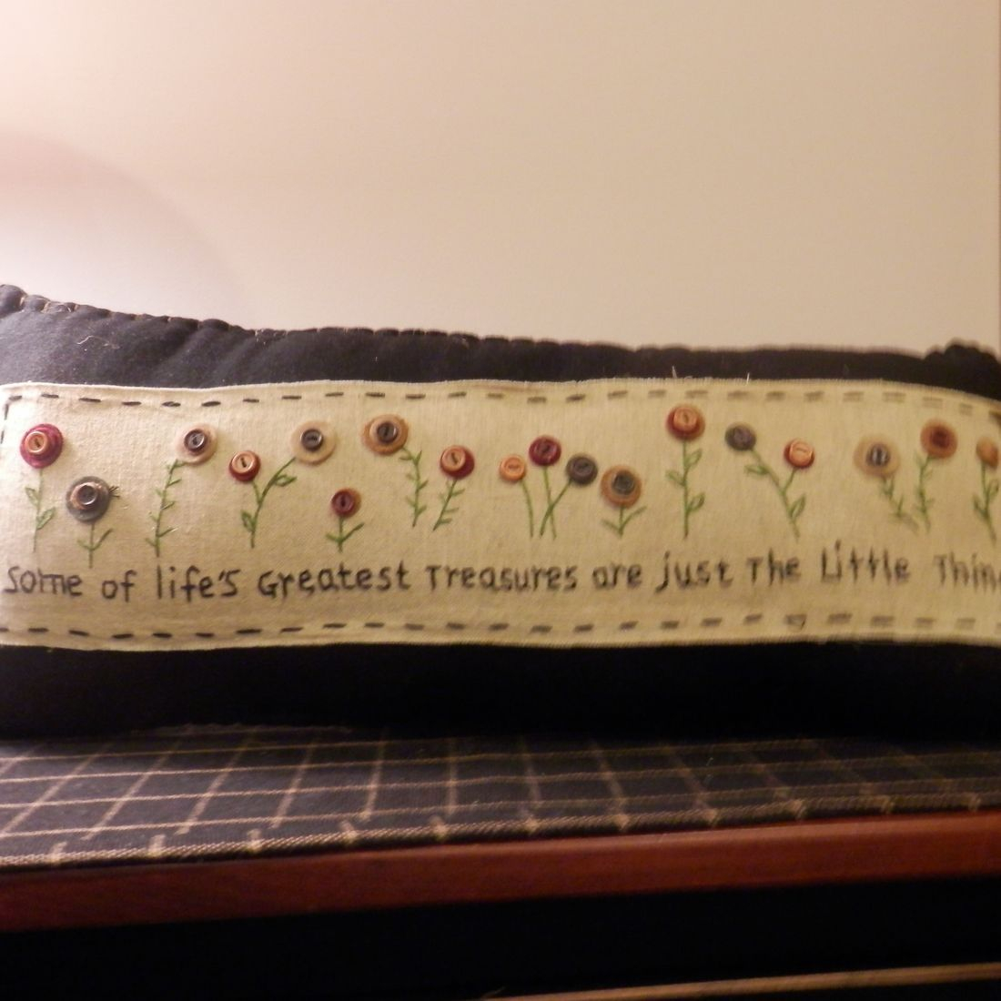 primitive folkart stitched garden pillow