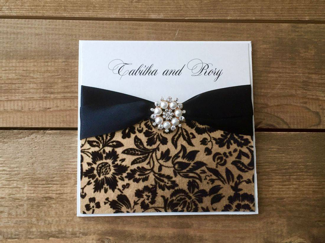 Luxury wedding invitation - Black and Gold with pearl and diamond