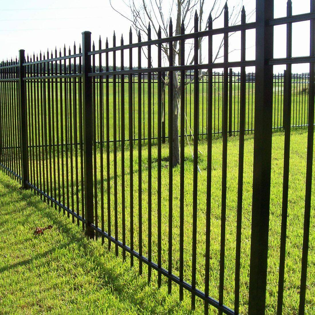 Black Aluminum Spear Top Fence