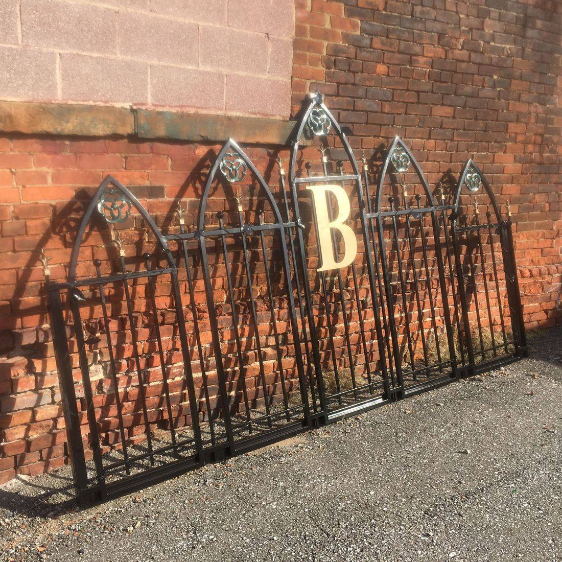 Frato Products - Custom Driveway Rod Iron Gate