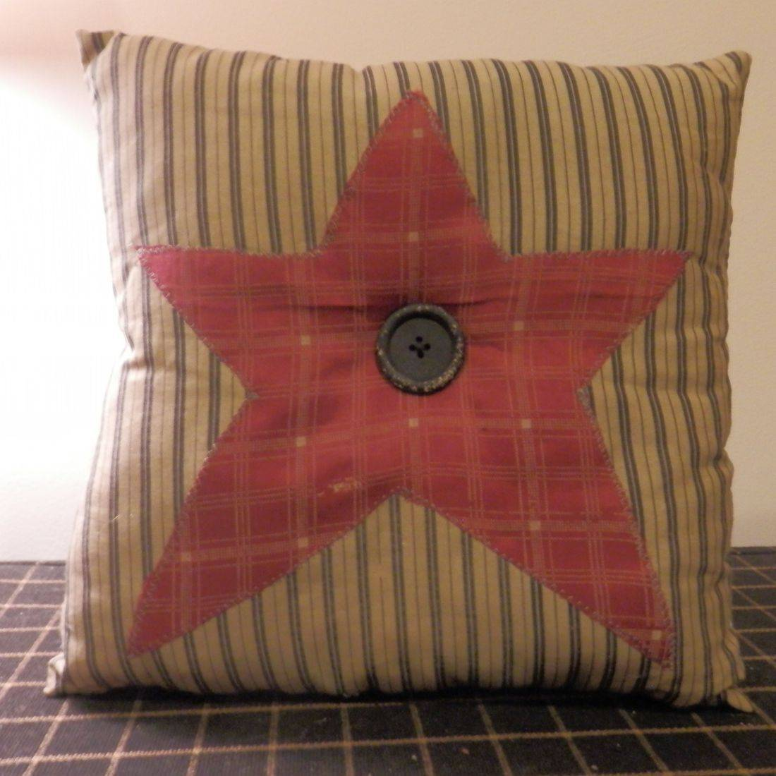 prrimitive americana decorative pillow
