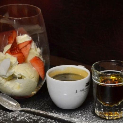Affogato with vanilla ice cream, espresso & ameretto