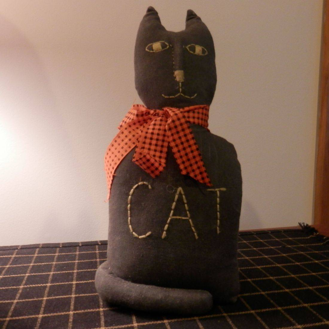 primitive cloth Halloween cat