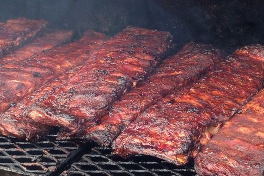 Try our delicious bbq catered ribs