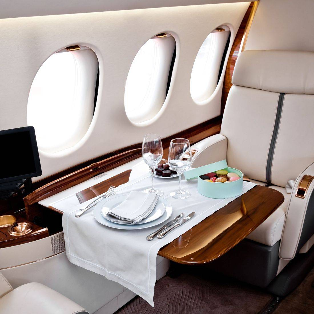 Private jet catering Seattle