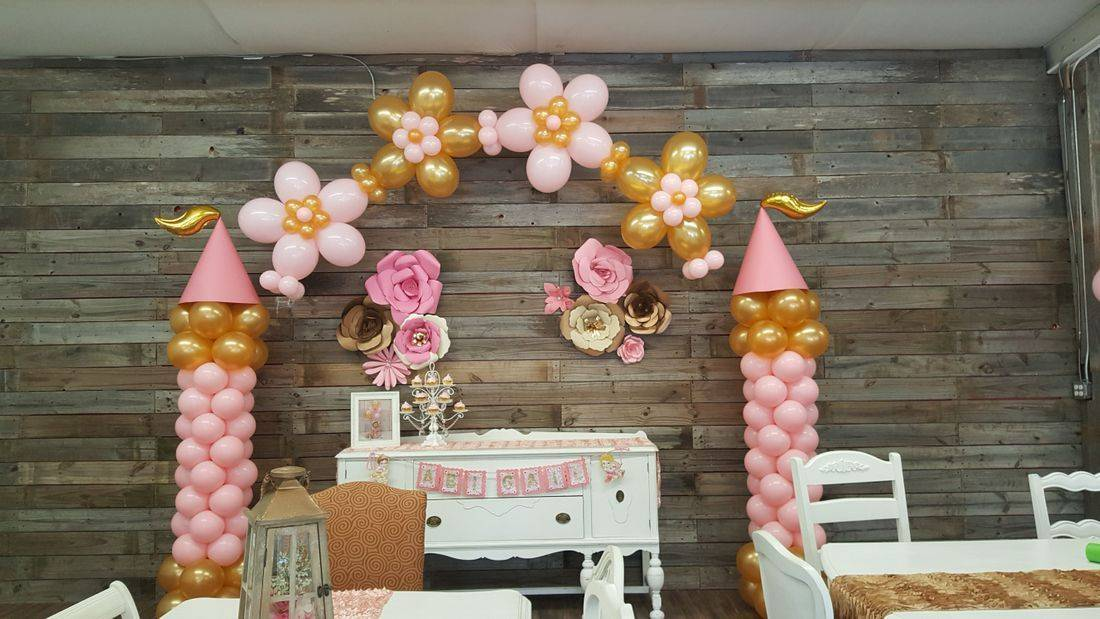 Princess Balloons, Princess Castle, Balloons, Balloon Flowers, Balloon Arch, Balloon Columns, Houston, TX, Fairy Vintage Room