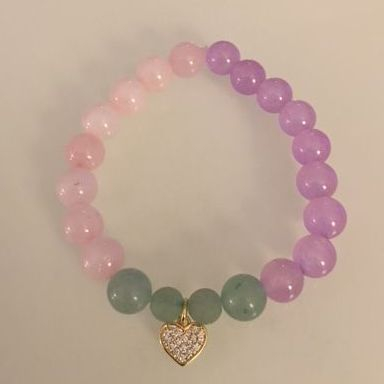 Positively Stoned: Malaysian Jade, Aventurine, Roze Quartz gold plated rose charm