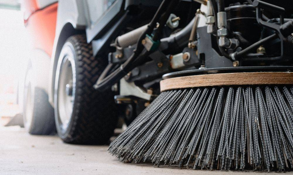 The Benefits of Hiring a Street Sweeping Company
