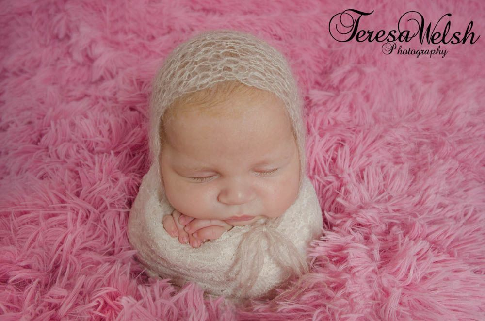 posed baby photo, newborn photographer, Louth, Grimsby, Cute baby photos
