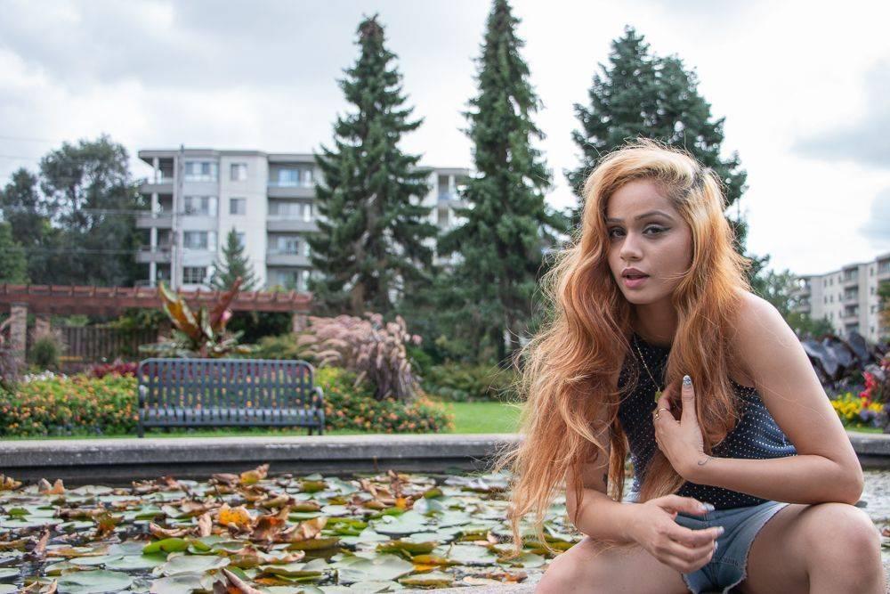 Niagara Modeling Photographer Photo Shoot Hamilton Permashine Photography