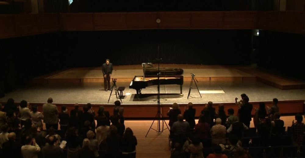 EXOTICAL CLASSIC. Gustavo Corrales Romero. At the Royal Conservatory in The Hague 6 November 2011.