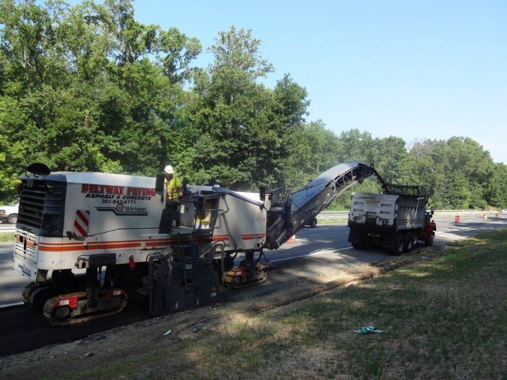 asphalt milling and paving highway