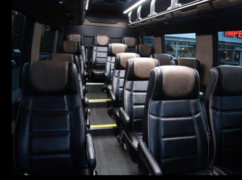 Limousine, Mini Bus, Coach, Sprinter, Wedding, Birthday