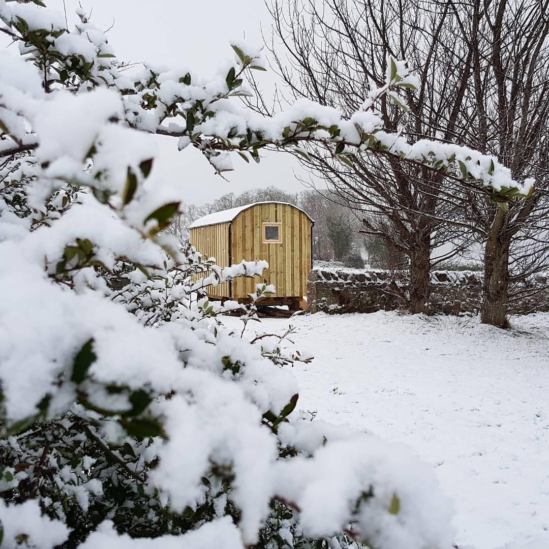 Winter cabin Shepherds Hut