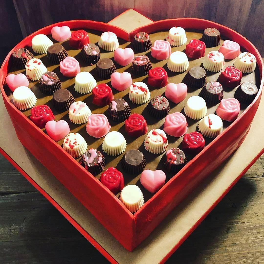 Valentines Day Chocolate candy box cake