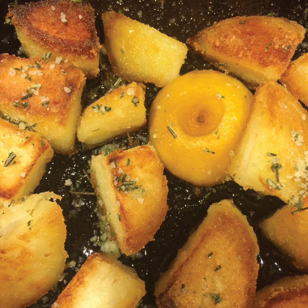 Roast potatoes with lemon and Original Italian Rosemary, Basil, Sage & Garlic Herb Salt seasoning