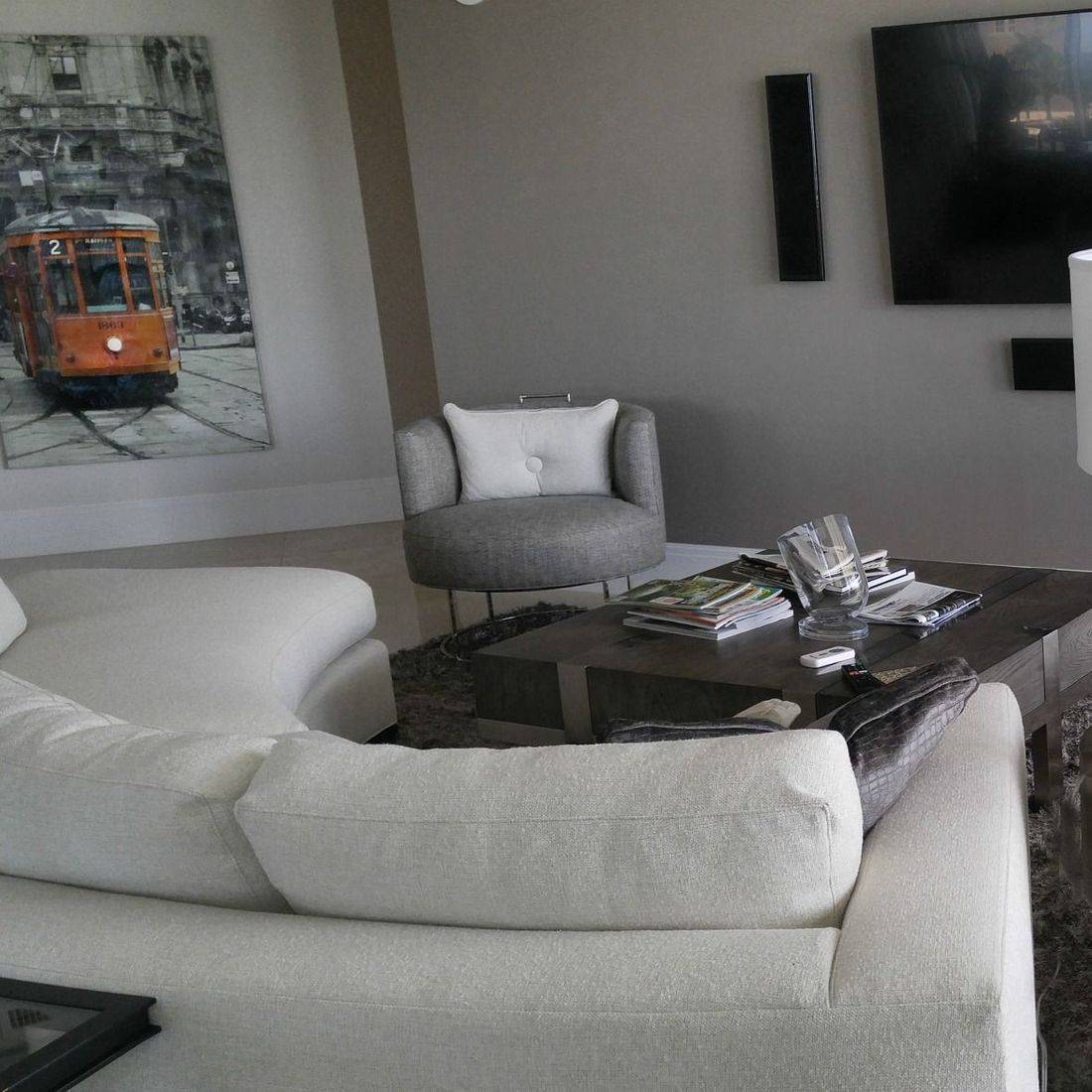 Circular sofa by Vanguard