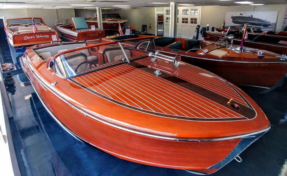 classic boat, antique boat and wood boat brokerage