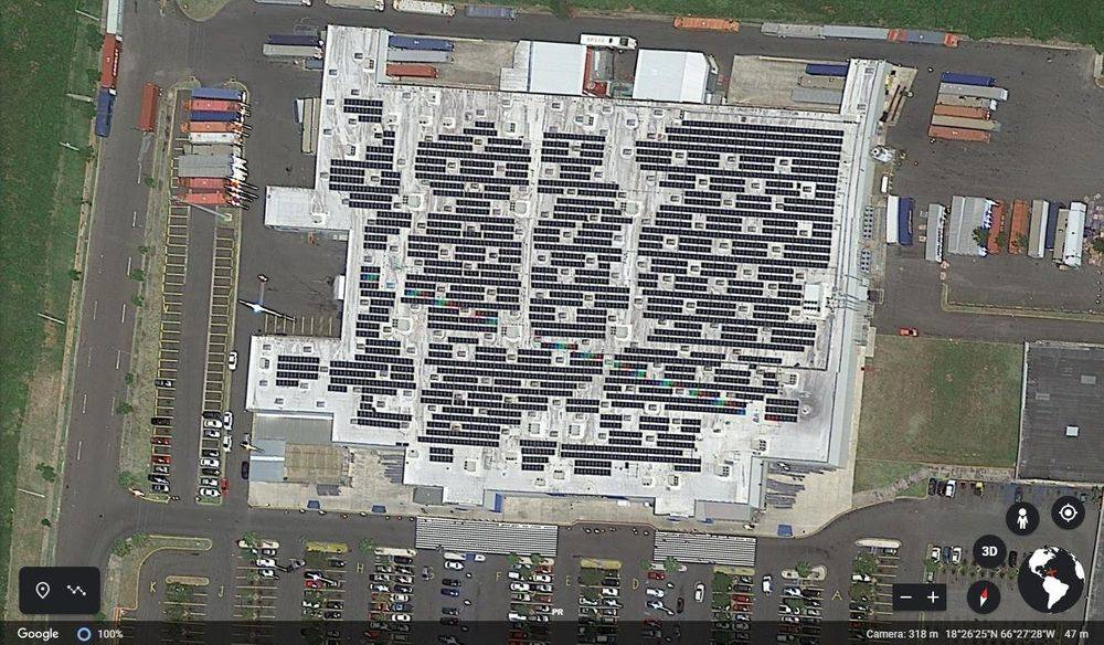 Fotovoltaica instalada en Wal-Mart de Manatí