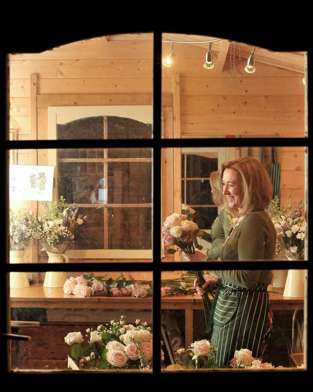 Susan Jane May mbfa Florist Country Garden Floristry