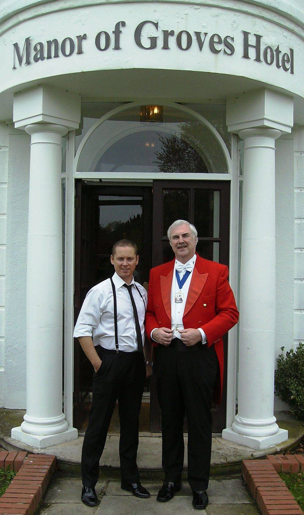 Toastmaster Bob Parker with wedding singer John Sessions at Manor of Groves Hotel