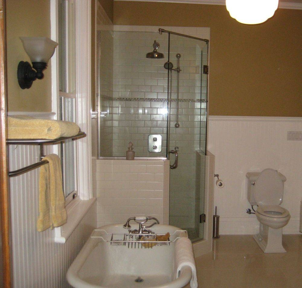 Custom Neo Angle Shower, Ajax, Toronto, Markham, Richmond Hill, Newmarket, Sutton