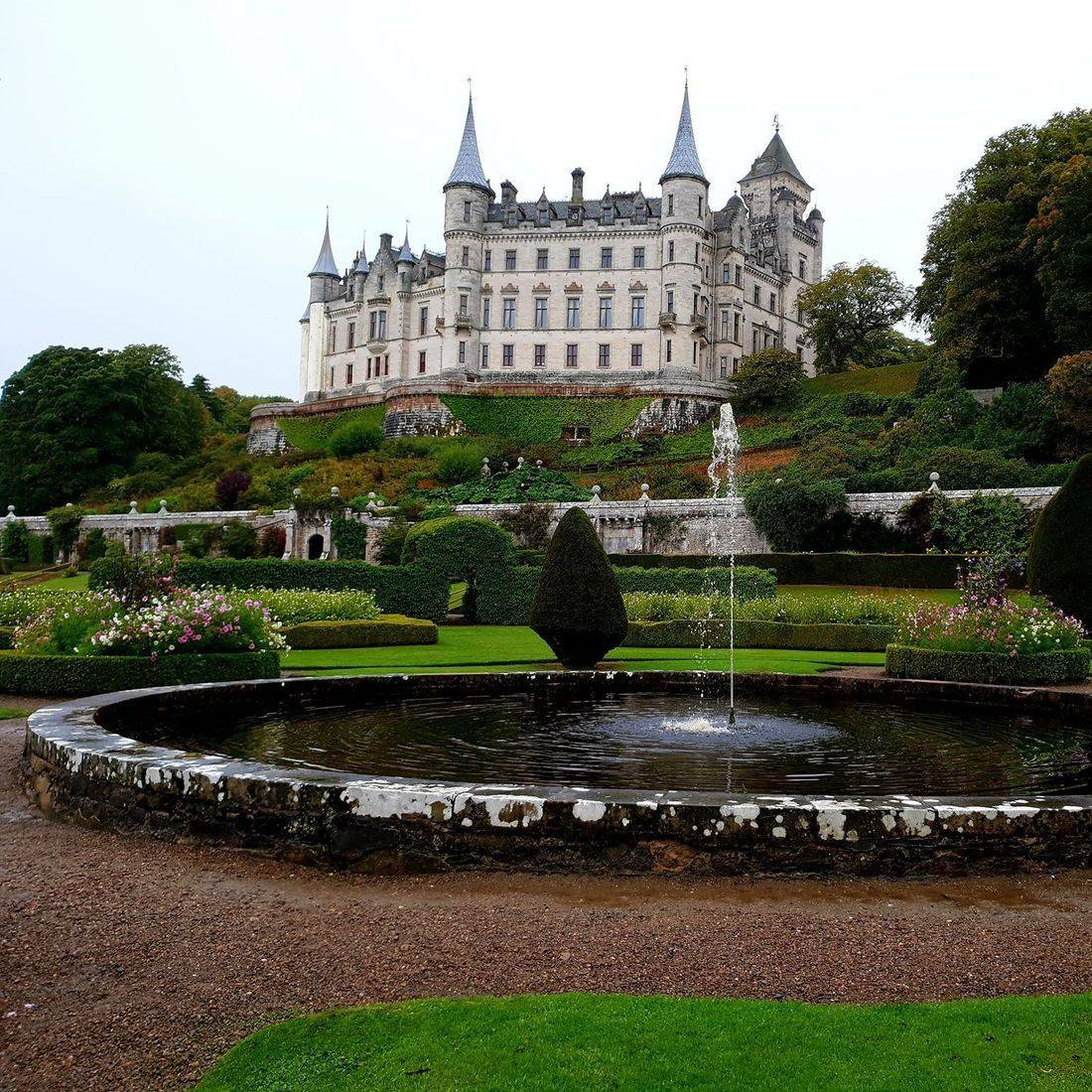 Dunrobin castle Highland discovery tours