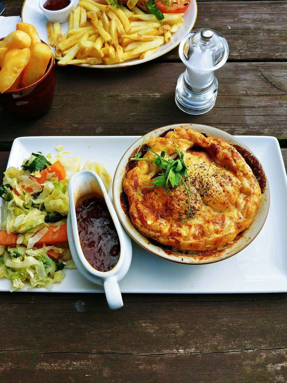 english pub food , cosy country pubs, fireplace , grandfather clock , old english pubs , vintage inns united kingdom , british & far east traders , friars oak pub hassocks , sussex country pubs, best english pubs