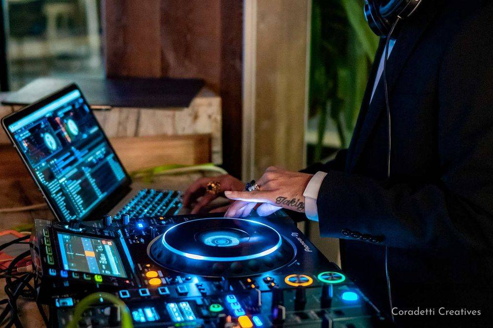 Coradetti Creatives - Event Photography - DJ Mentoz - Moxie's - Halloween - Party - Houston - Texas