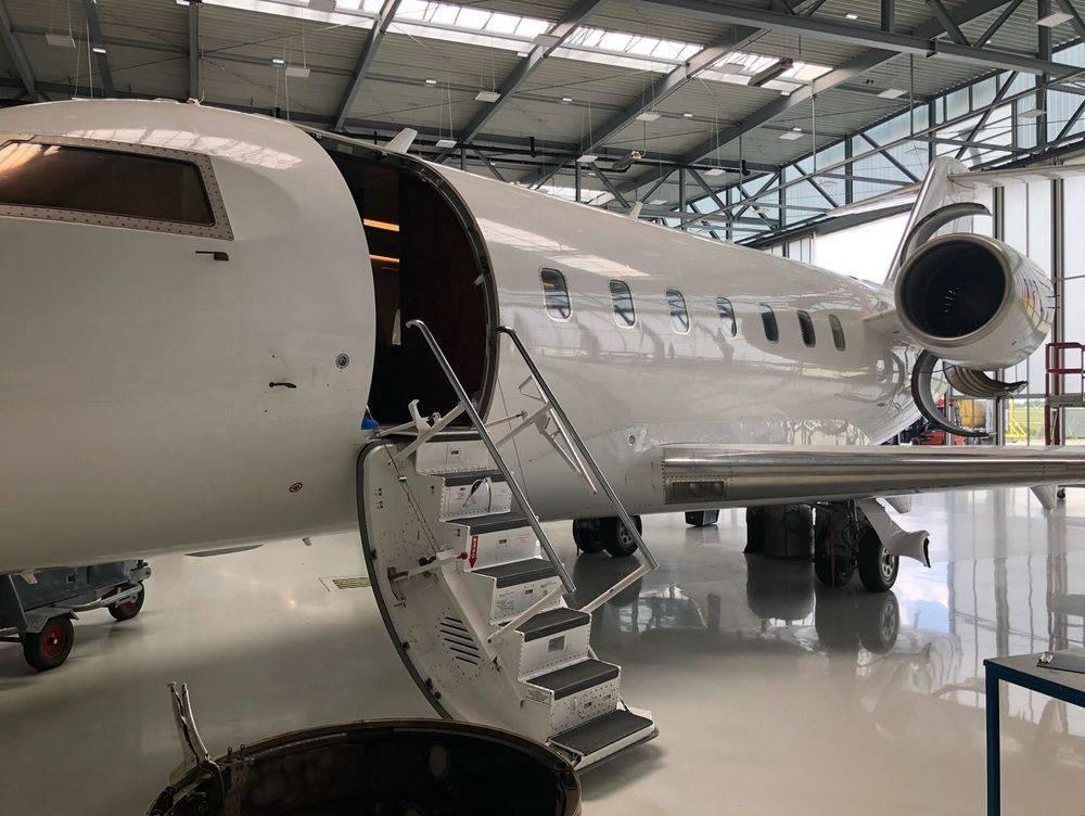Challenger 604, CL60, Cl604, Bombardier, Seletar Jet Charter, Singapore jet Charter, Jet Charter Singapore, Air charter singapore, charter jet singapore, charter jet, jet aviation, aircraft management, aircraft maintenance, jet maintenance, executive jet