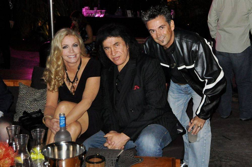 Gene Simmons, Shannon Tweed and EuroPapi designer Rolando Ortiz