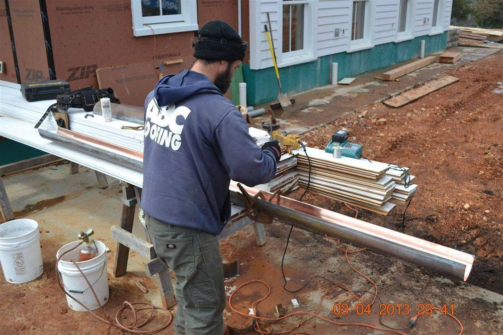 Putting together copper gutters