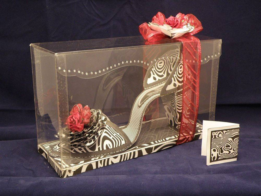 I Love Shoes - Mono Explosion - 3D shoe & box